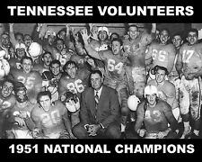 TENNESSEE VOLUNTEERS - 1951 NCAA FOOTBALL NATIONAL CHAMPIONS, 8x10 Team Photo