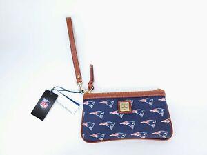 Dooney & Bourke *NEW ENGLAND PATRIOTS* NFL Navy Blue Clutch Bag Wristlet NWT $98