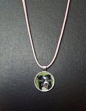 """Personalizzato Border Collie Foto Ciondolo su una collana 18"""" Corda Rosa Regalo Ideale"""