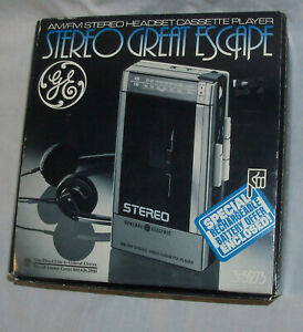 UNUSED NOS 1970s-80s General Electric Cassette AM/FM Stereo Player Radio WALKMAN