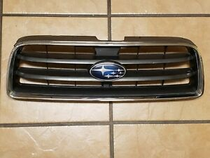 OEM Grille 2003-2005 Subaru Forester Chrome Shell w/ Gray Insert Plastic