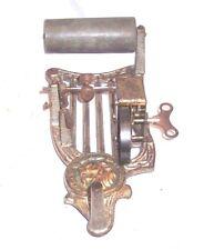 Löwe Sockel Puck Zylinder Phonograph