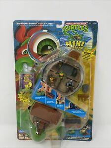 Mini-Mutants Raphael Castle Playset TMNT 1994 Ninja Turtles Excellent Condition