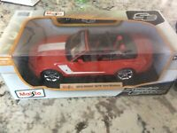 Maisto Special Edition 1:18 Scale Die-Cast Vehicle - 2010 Roush 427R Ford Mustan