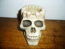 Cendrier crâne / Skull ashtray (+- 8-9 cm)