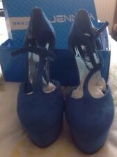 Jennika Ladies Shoes Size 4, New