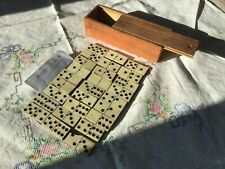 ancien jeu de 27 dominos os et bois   (Manque double 4 )