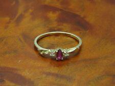 14kt14kt Oro Giallo 585 Anello con brillati & 0, 10ct Rubino Ricoperto/Diamante/