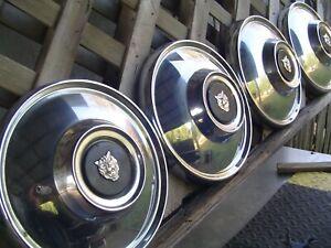VINTAGE JAGUAR XJ6 XJ12 XKE TURBO CENTER CAPS HUBCAPS WHEEL COVERS ANTIQUE