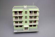 Y1116 Jouef 1986 maquette train Ho immeuble moderne vert  assemblé