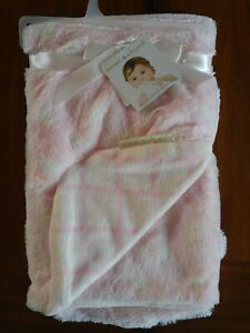 Blankets & Beyond Baby Girl Blanket Pink & White Polka Dots  28x32