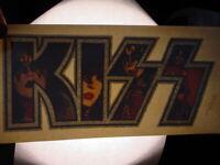 KISS VINTAGE 1977 LOVE GUN FACES LOGO IRON ON TRANSFER ACE PETER GENE PAUL