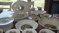 Crooksville Dinnerware Set Iva-Lure Gold Filigree Scrolls People EUC VTG1930 37p