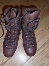 KARRIMOR MENS BROWN COMBAT COLD/WET WEATHER BOOTS SIZE 10M BRITISH ARMY ISSUE
