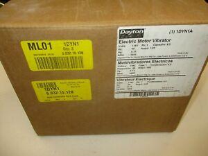 DAYTON Electric Vibrator, 1 Phase, Force 157 lb.