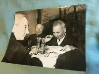 FOTO ORIGINALE IN B/N: CENA DI FAMIGLIA CONTADINA ITALIANA ANNI '40/50