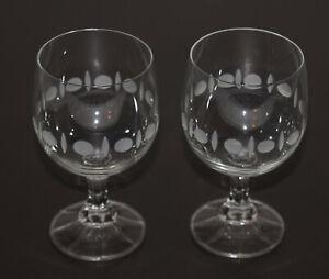 2 Weingläser Stiel Glas umlaufendes Dekor 0,1l 100 ml 10,5 cm ∅ 5,5 cm 70er/80er