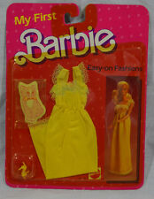 Mattel My First Barbie Easy-On Fashions SUPER RARE Yellow Nightgown Set 7921