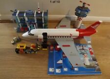 Lego City 3182 Airport - Rare & Discontinued - Lego is 100% Complete