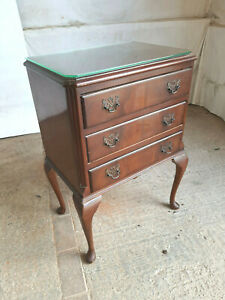 antique,repro,small,mini,mahogany,three,drawers,cabriole legs,side,end,table,