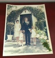 VINTAGE JOHN F KENNEDY & FAMILY EASTER 1963 PHOTO. CECIL STOUGHTON WHITE HOUSE