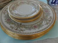 Set of 7 plates- Lenox Castle Garden Floral  Gold rim