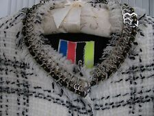 $3000 MSGM FASHION DESIGNER COAT.MADE IN ITALY.SIZE 40/4+CHANEL FRAGRANCE GIFT