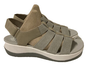Clarks Cloudsteppers Arla Shaylie Sand Comfort Sandals  Women 8 (EU 39)  MINT!