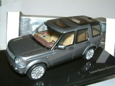 1/43 IXO LAND ROVER DISCOVERY IN INDUS SILVER, DEALER BOX