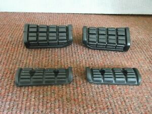 Yamaha XJ900 1983-1992 Footrest rubbers.Front & Rear.New.