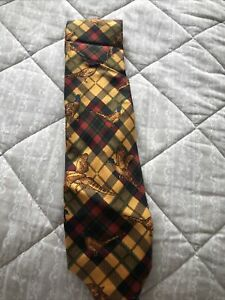 Fort and Stone Hunting tie