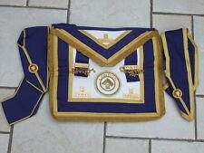 London Grand Rank Dress Apron & Two Collars