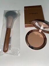 MAC Bronzing Collection 2020 Beige-ing Beauty Bronzer Contour+ 143 SES Brush
