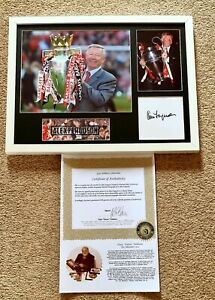 Signed Sir Alex Ferguson framed photo with certificate Gary Ashburn Collectables