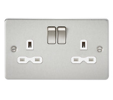 Knightsbridge Flat Plate 13A 2G DP Switched Socket - White Insert