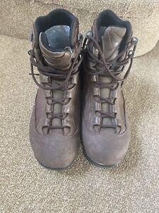 aku boots 7