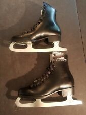 Lake-Placid-Ice-Skates-Yo uth-Size-4-Hockey-Ice-Skat ing-Winter-Sports Syyle 286