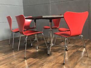Original  Fritz Hansen Designer Stuhl Serie 7 Arne Jacobsen 3107 Chair Rot