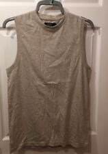 MENS GREY VEST.SIZE MEDIUM. EASY LABEL. Pre-owned Condition.Ideal Training Top.