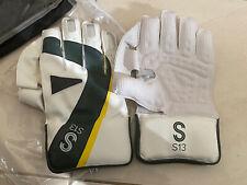S S13 Women's Wicket Keeping Cricket Gloves Ultra Light Weight New