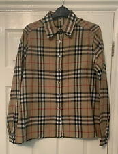 100% Wool Vintage Burberry Blouse. Size 14
