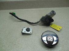 99-06 Suzuki Marauder GZ250 IGNITION GAS CAP LOCK AND KEY SET 37102-33870