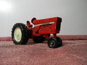VINTAGE ERTL INTERNATIONAL DIECAST METAL FARM TRACTOR
