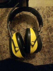 Ao Safety Am/fm Headphones With Aux Output