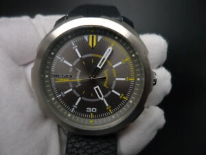 New Old Stock DIESEL Machinus DZ1739 Grey Dial Leather Strap Quartz Men Watch