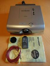 VIDEOPROIETTORE LCD SHARP modello XV-C20E - Usato poco in ECCELLENTI condizioni