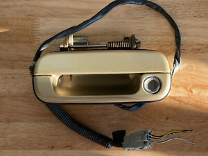 1991-1995 ACURA LEGEND COUPE LEFT DRIVER EXTERIOR DOOR HANDLE GOLD YR-502P