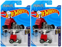Hot Wheels 1:64 Die Cast Snoopy HW Screen Time lot of 2