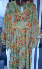 vintage 60s 70s spring flower dress floral small Hawaiian hibiscus summer cute