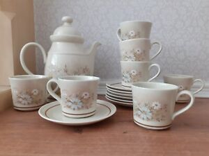 Vintage Royal Doulton Florinda Cups And Saucers Set Of 7 and coffee pot/teapot